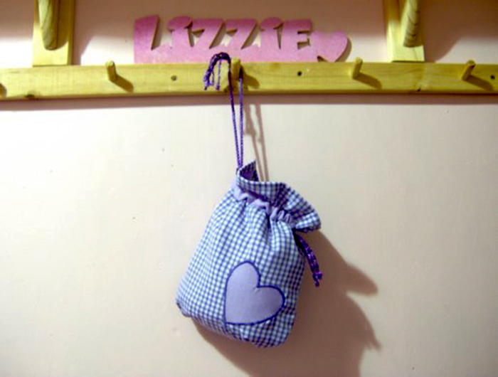 Les choses à faire et à faire - coudre un sac à cordonnet