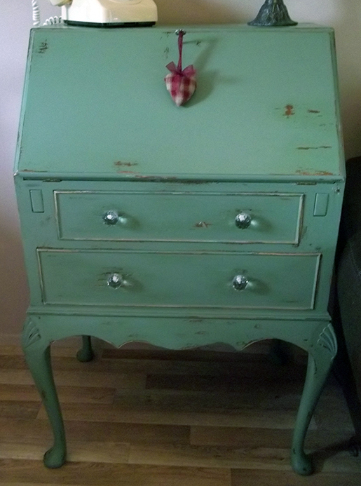 how to make a chest of drawers look shabby chic water wheel pattern