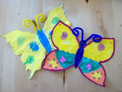 Paper toys for baby make a butterfly from paper or card for Butterfly art and craft