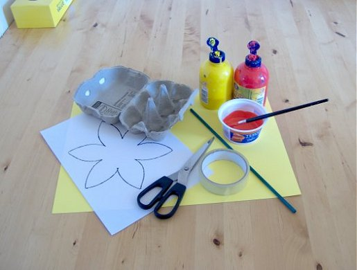 Things to make and do make a daffodil for Things to make with paper