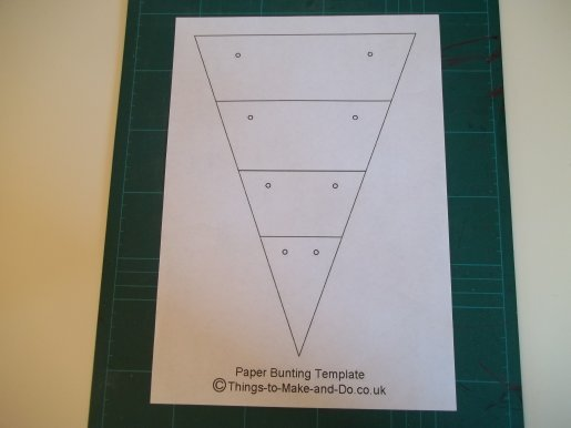 things to make and do make paper bunting