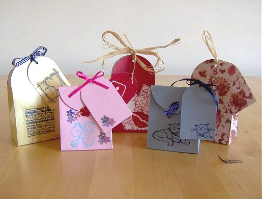 Things to Make and Do - Make a small gift bag
